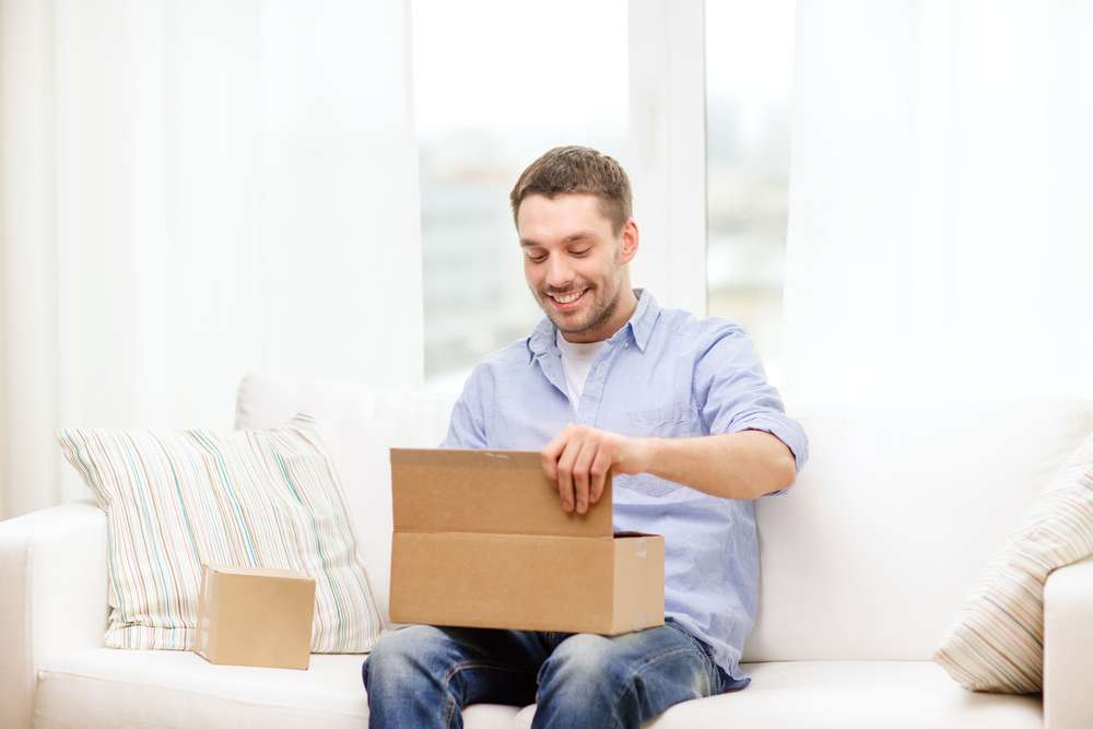 VaporFi - Man Receiving Vaping Purchase Home Delivery