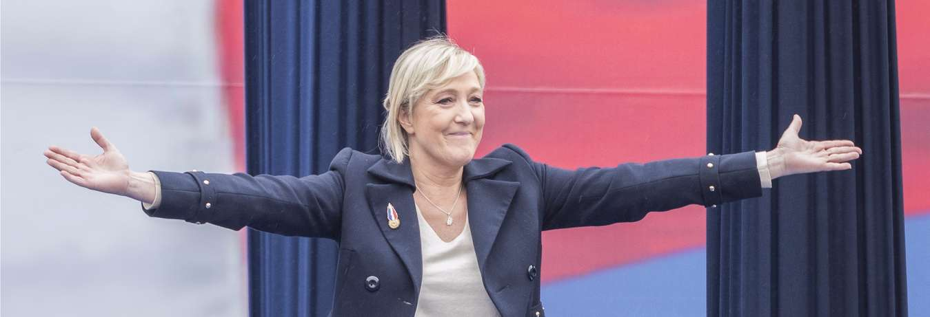 VaporFi Marine Le Pen Vaping President of France